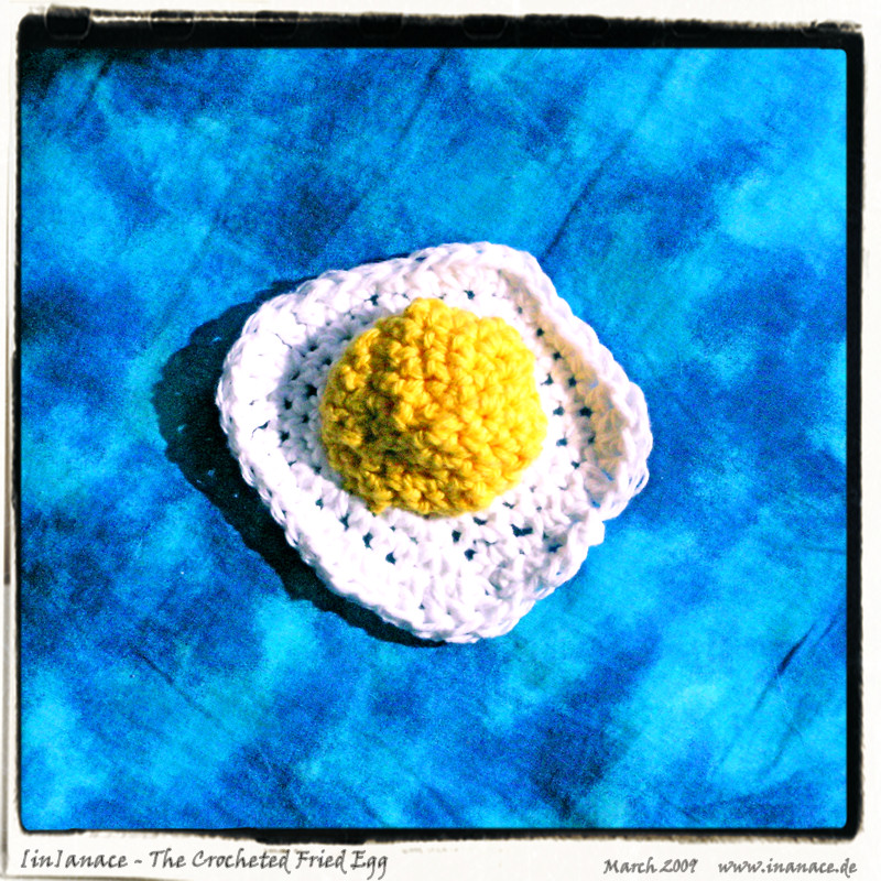 the_crocheted_fried_egg